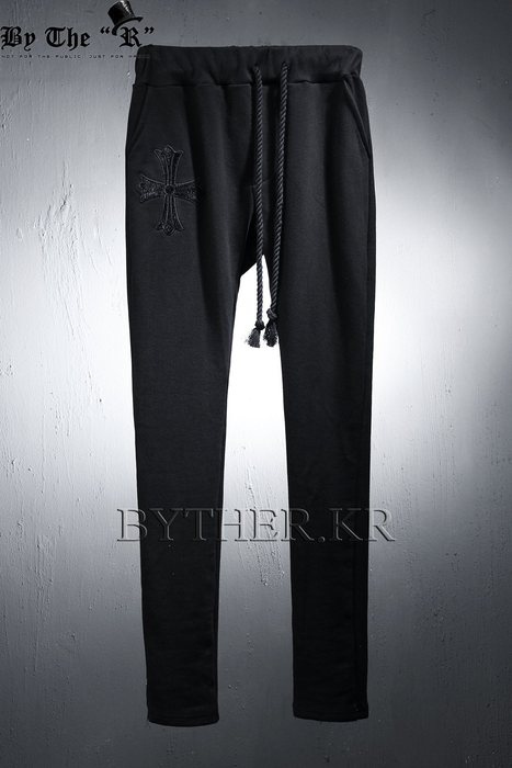 ByTheR Cross Traning Baggy Pants