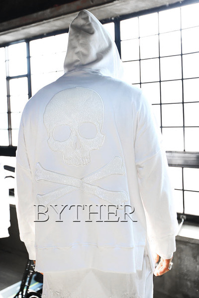 ByTheR Over-fit Skull Hoodie