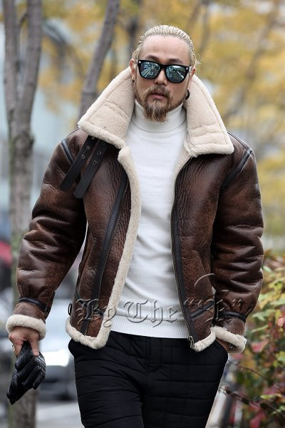 Over Silhouette Shearling Jacket