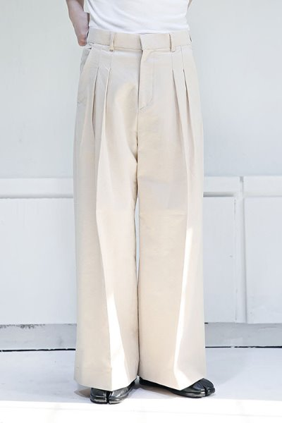 Over wide pintuck linen slacks