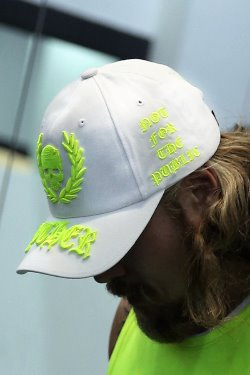 ByTheR Neon Embroidery White Ball Cap(fitness look)